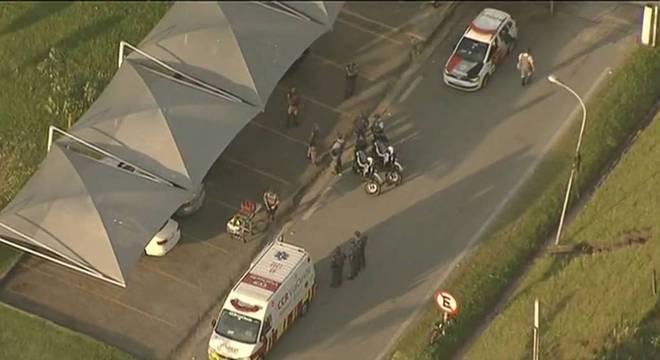 Policial militar é baleado na rodovia Castello Branco em SP