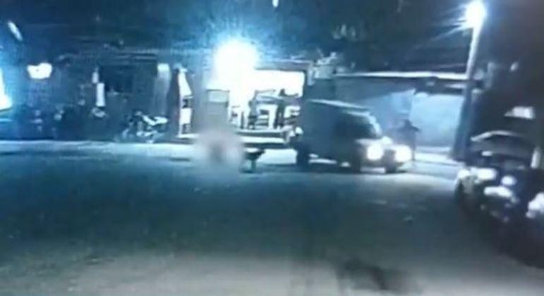 Imagens mostram disparos contra PM e amigo em Franco da Rocha, em SP