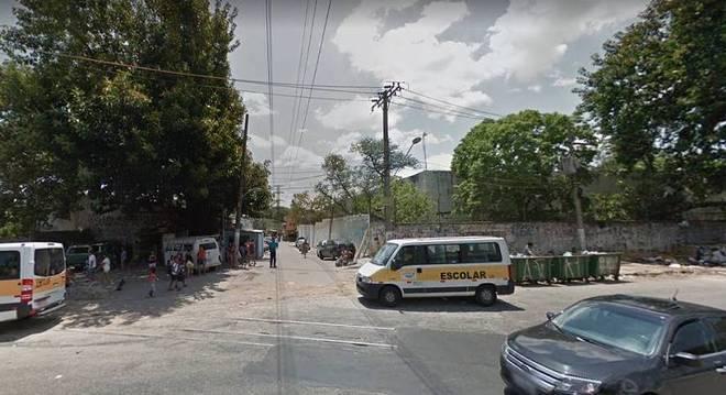 Jovem teria se fingido de morta até a chegada de outras testemunhas no Jaguaré