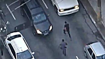 __Imagens aéreas flagram PM atrás de suspeitos de matar idoso__ (Reprodução)