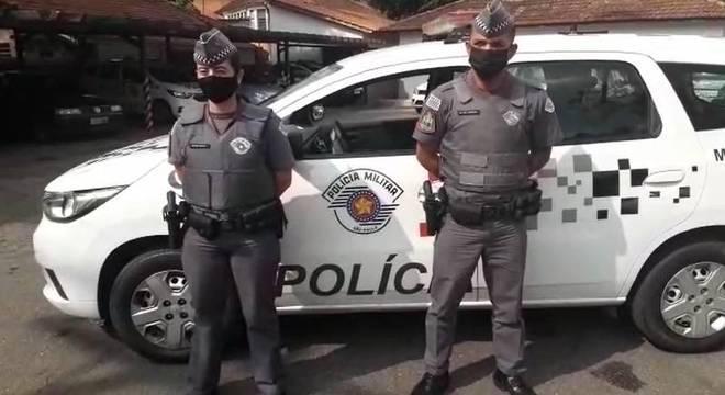 Policiais negociaram por cerca de 15 minutos com o suspeito