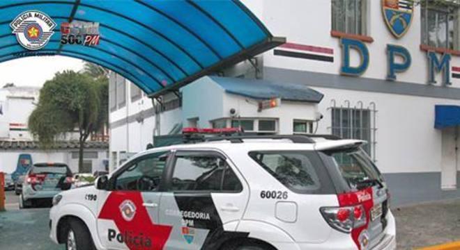 Policiais foram presos e investigação continua para identificar o destino da droga