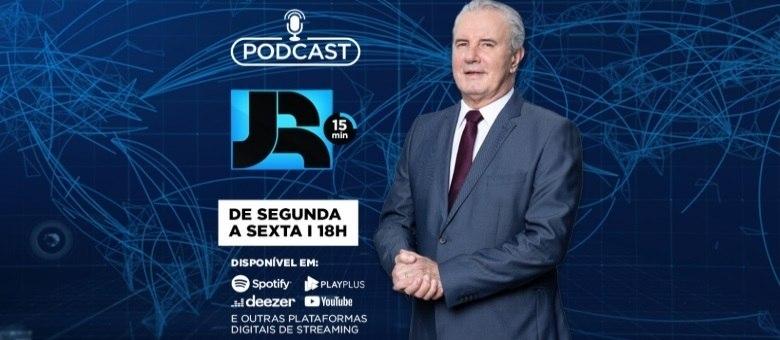 Celso Freitas comanda diariamente o podcast JR 15 minutos