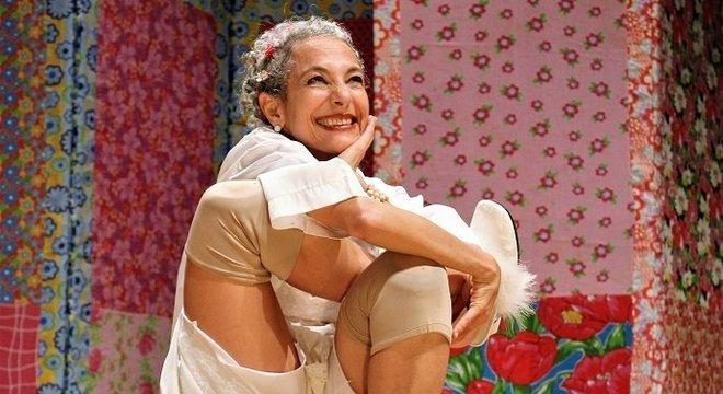 'Pois é, Vizinha', comédia de Deborah Finocchiaro, entra em cartaz no festival desde a primeira edição Crédito: Roberta Amaral / Divulgação / CP