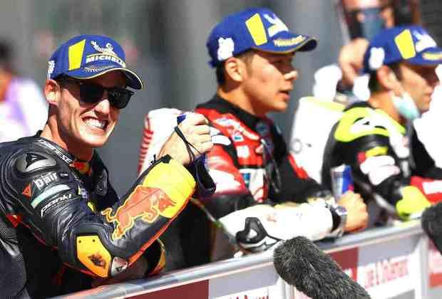 Pol Espargaró sorri com o top-3 na Áustria (Foto: Red Bull Content Pool)