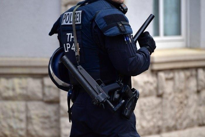 Alemanha: polícia multa pais por buscarem filhos mais cedo na escola