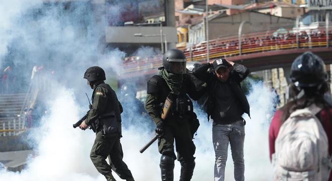 Protesto de rua na Bolívia na última quinta-feira (21)