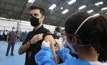 No Estado de São Paulo, 466 policiais civis (cerca de 2% do total) se recusaram a tomar vacina contra a covid-19. As informações atualizadas pela SSP-SP (Secretaria de Segurança Pública do Estado de São Paulo) no início do mês de agosto também apontam que 562 policiais civis constavam como