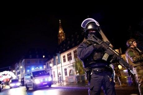 Número de mortos em atentado chega a três