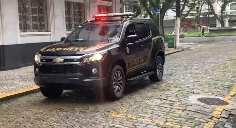 PF faz operação contra tráfico internacional de drogas e lavagem de dinheiro