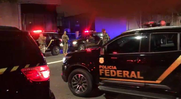 Polícia Federal combate tráfico de drogas em aeroporto de Cumbica