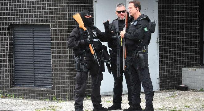 Segurança foi reforçada na sede da Polícia Federal no Paraná