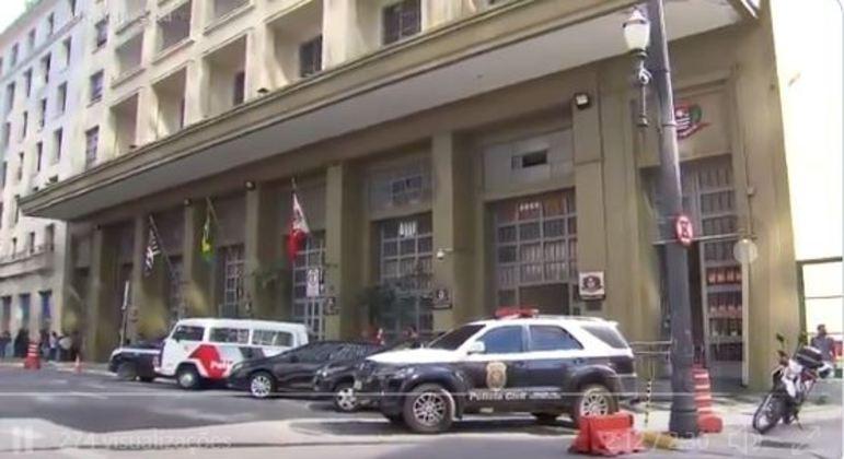 Polícia faz operação contra tráfico de drogas e lavagem de dinheiro em SP