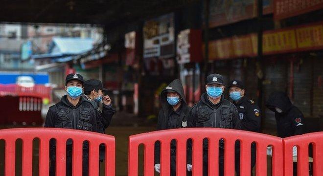 O mercado de Huanan, em Wuhan, foi fechado pelas autoridades