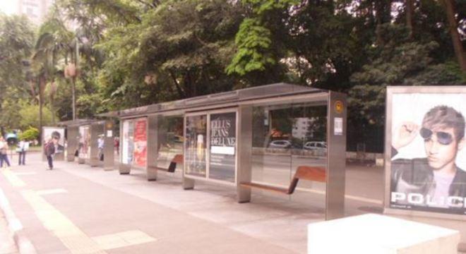 Prefeitura de SP lança edital para manutenção de 4,8 mil pontos de ônibus
