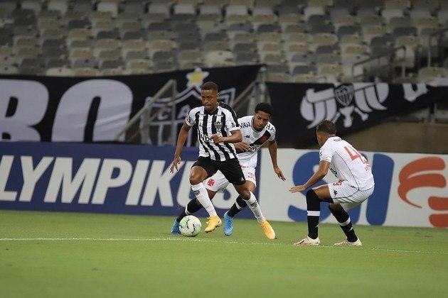 Ponto fraco do Atlético-MG: A recomposição defensiva do Galo vem sendo criticada ao longo do Brasileirão. Quando está buscando o gol, a equipe de Sampaoli vai toda ao ataque e costuma deixar muitos espaços atrás.