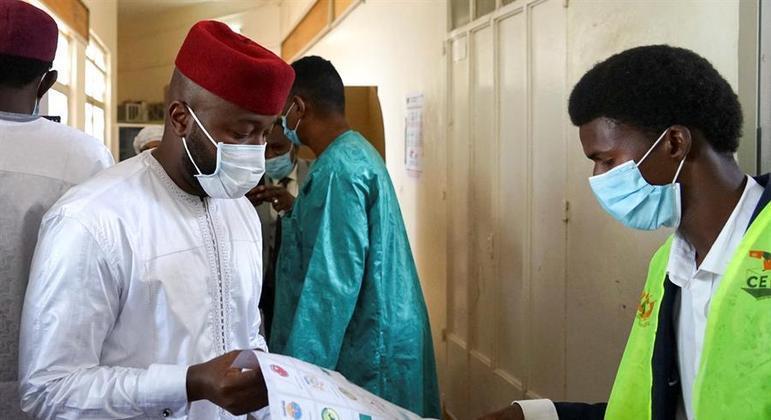 População do Níger, na África Ocidental, escolhe presidente neste domingo