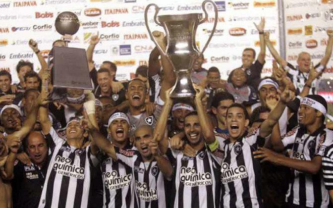 Por fim, o Botafogo conquistou o Campeonato Carioca 2010 ao vencer os dois turnos da competição: Taça Guanabara e Taça Rio.