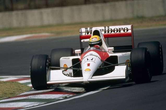 Por isso, a McLaren deixou o carro nas primeiras etapas de 1992, na África do Sul e no México. Após fracassos, o MP4/7 estreou no Brasil e pouco mudou o cenário diante das dominantes Williams
