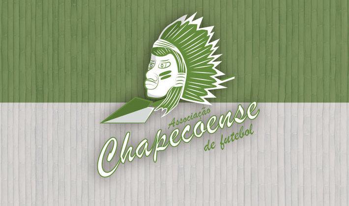 Por um futebol mais bonito: escudo remodelado da Chapecoense.