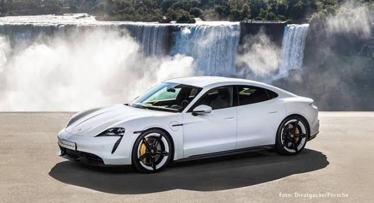Porsche Taycan é um dos veículos que precisarão passar por recall