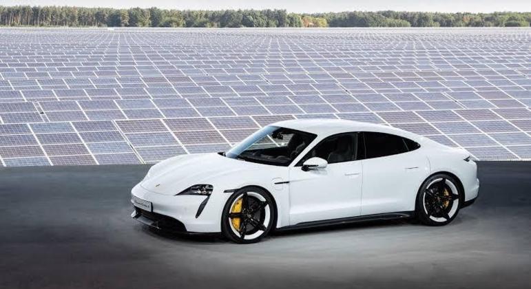 Na última semana, a Porsche divulgou seu relatório de vendas globais do primeiro semestre do ano
