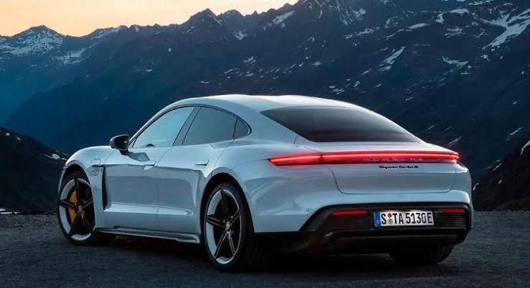 Na Europa, cerca de 40% das vendas da montadora são de carros eletrificados (híbridos plug-in e 100% elétricos)