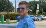O golpista foi colocado no xadrez, acusado de roubo de veículo e falsificação de documentosPor falar em esportivos luxo, um menino de 5 anos fugiu com o carro da família para comprar uma Lamborghini com US$ 3 no bolso. Confira a seguir!