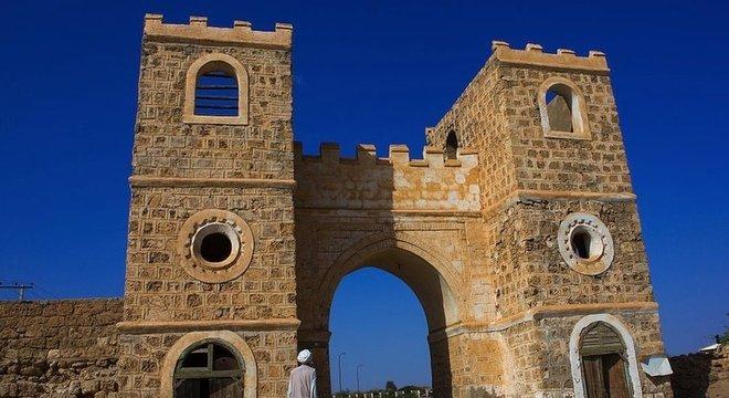 Suakin tem uma estratégica localização na costa do Mar Vermelho