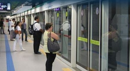 Metrô vai reforçar frota de trens para o Enem