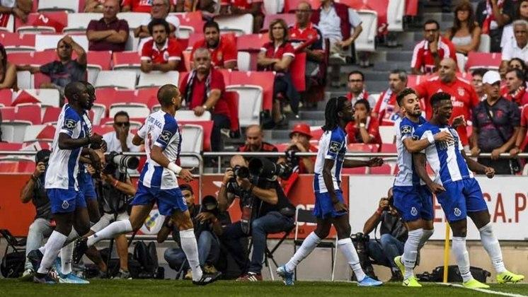 PORTO - 1, 12 bilhão de euros (cerca de R$ 6,80 bilhões) foi o que rendeu ao Porto 227 transferências.