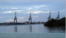 Calote: Cuba e Venezuela devem R$ 3,5 bilhões ao BNDES