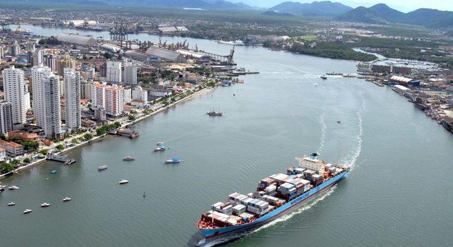 Mais de meia tonelada de cocaína é apreendida no Porto de Santos