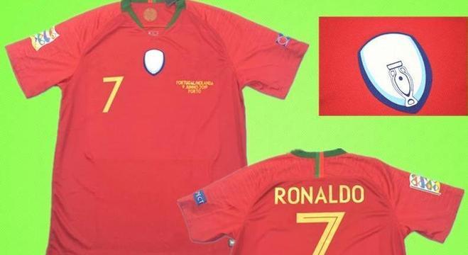Portugal, com o escudo de campeão da Nations League