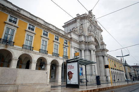 Portugal não descarta quarentena por 3 meses