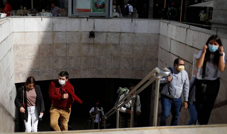 Parlamento português aprovou nesta sexta-feira (6) o retorno ao estado de emergência