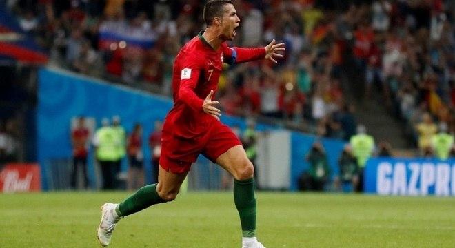 Cristiano Ronaldo fez três gols e salvou Portugal da derrota na estreia da Copa da Rússia