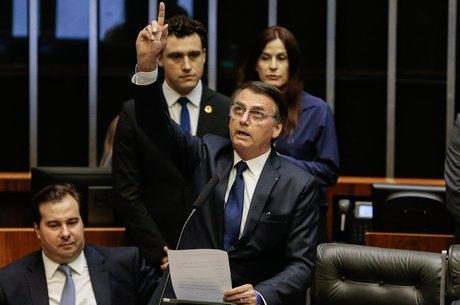 Bolsonaro tomou posse na tarde desta terça
