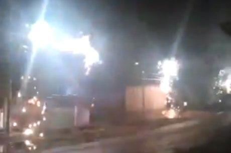 Postes explodem em Macapá
