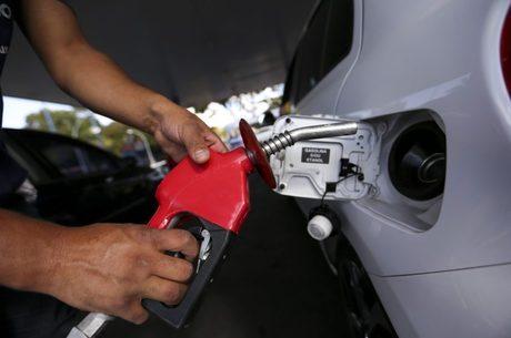 Litro da gasolina subiu 1% nesta semana, aponta ANP