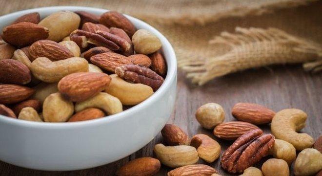São raros os casos em que a alergia a frutas secas desaparece ao longo dos anos