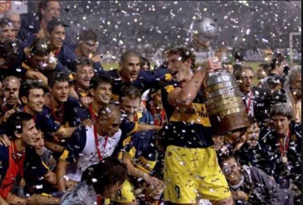 Pouco antes, no dia 27 de abril, a Associação de Futebol Argentino (AFA) considera encerrado o Campeonato Argentino, sem a definição de quais times serão rebaixados e quais os promovidos à competição. O Boca Juniors havia conquistado o título antes da pandemia.
