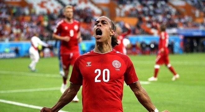Poulsen marcou o gol da Dinamarca diante da seleção peruana