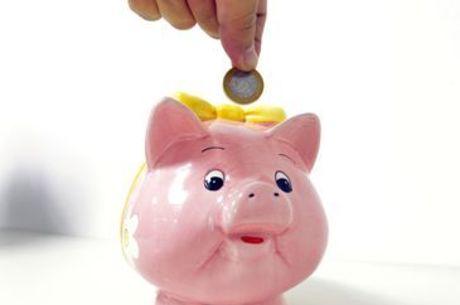 Saques da poupança superam depósitos em R$ 2,5 bi