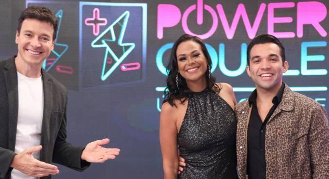 Quarto casal eliminado no Power Couple Brasil participa do Hora do Faro deste domingo (13)