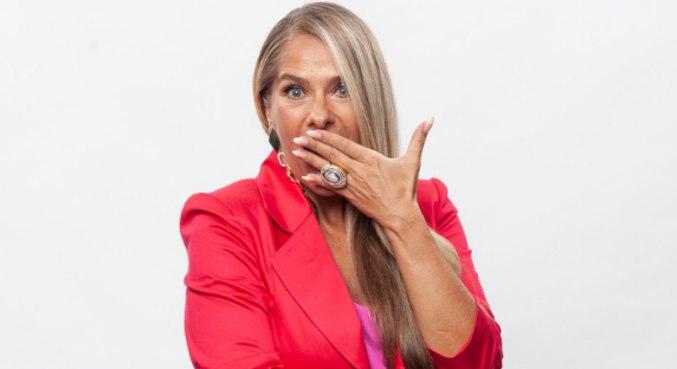 Adriane Galisteu comanda a nova temporada do Power Couple Brasil 5
