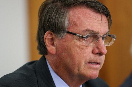 Bolsonaro defende tratamento precoce da covid
