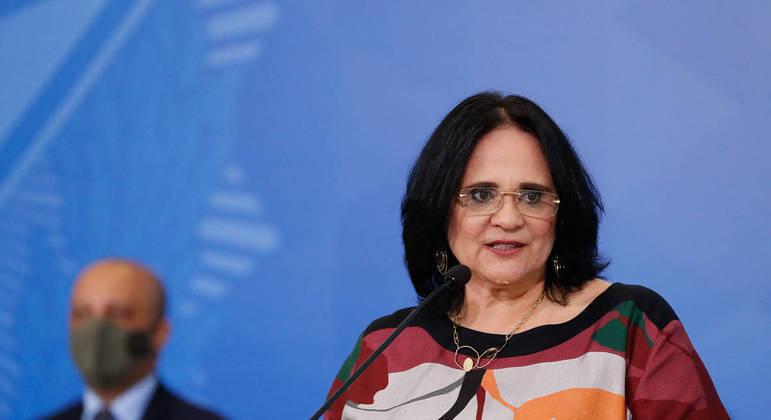 A ministra de Estado da Mulher, Família e Direitos Humanos, Damares Alves