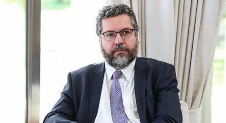 O agora ex-ministro Ernesto Araújo
