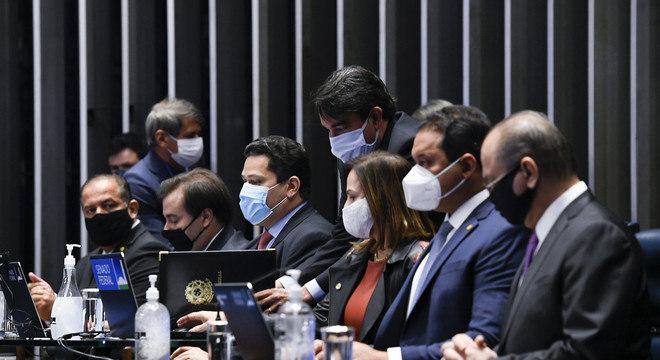 Sessão do Congresso para promulgação do Fundeb. Parlamentares se reunirão novamente